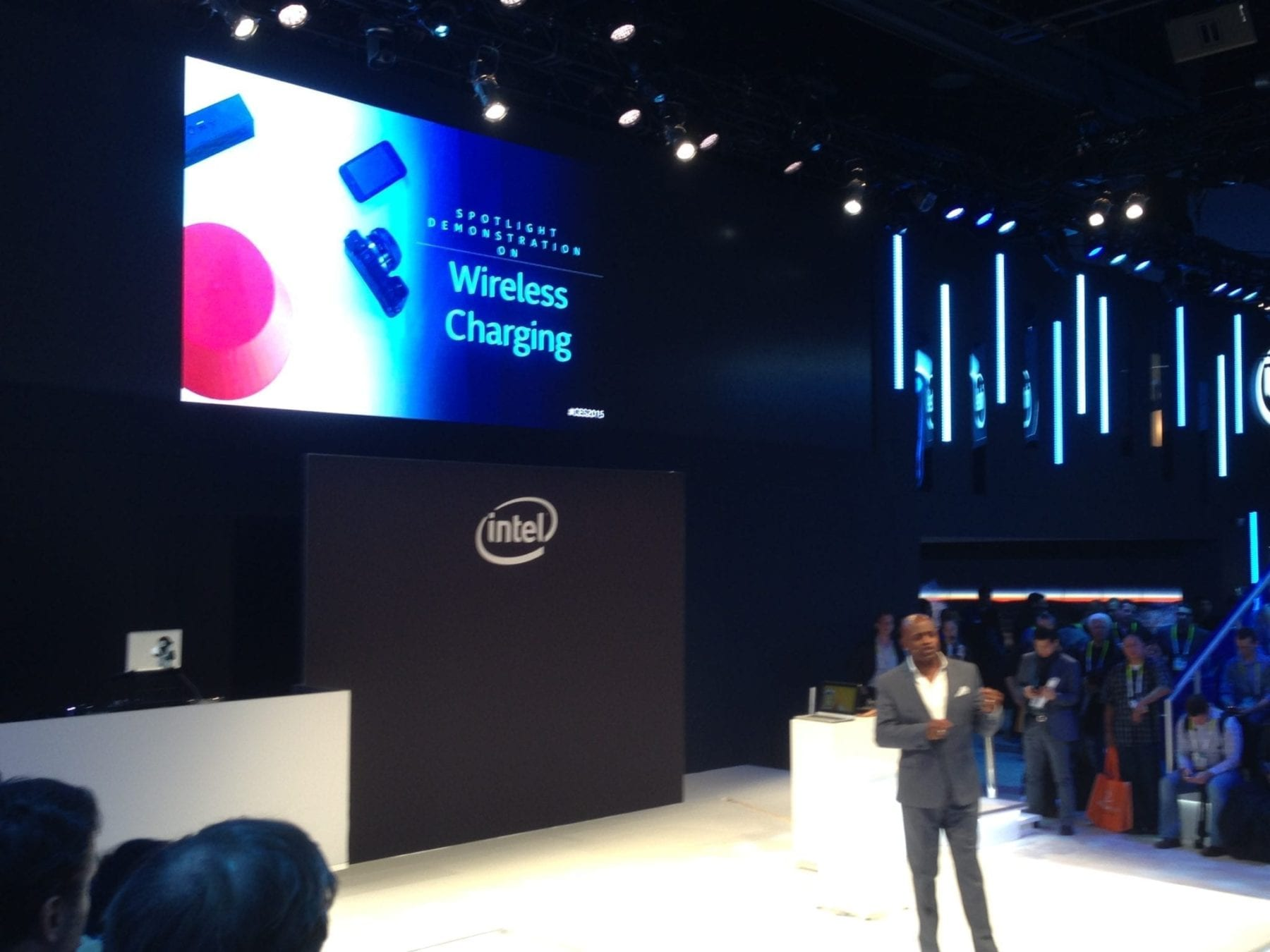 Intel Wireless Charging at CES 2015