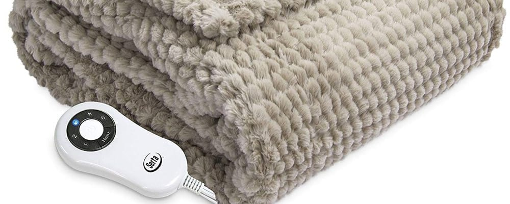 Healthy Living Tip #73: Don't Use Electric Blankets