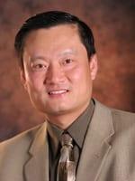 Professor De-Kun Li